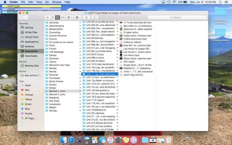 how i organize my spanish teaching files